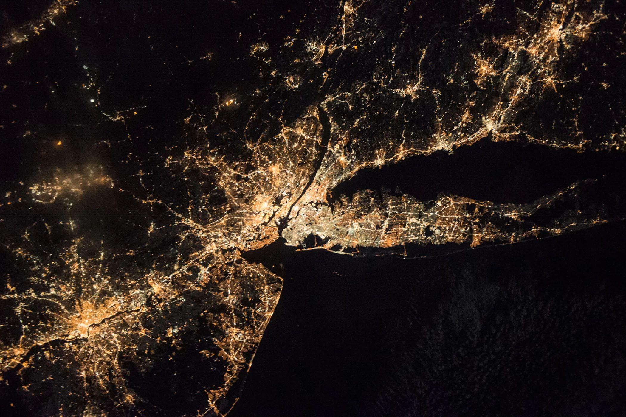 Explore NASA Goddard Space Flight Centers 6194 photos on Flickr!