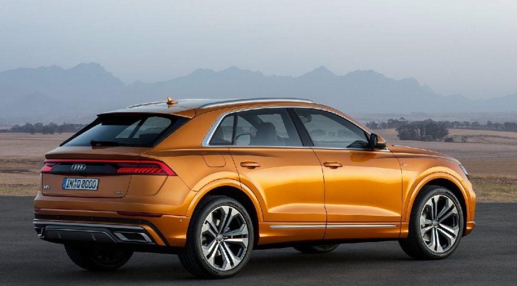 Audi q8 Yan görünüşü