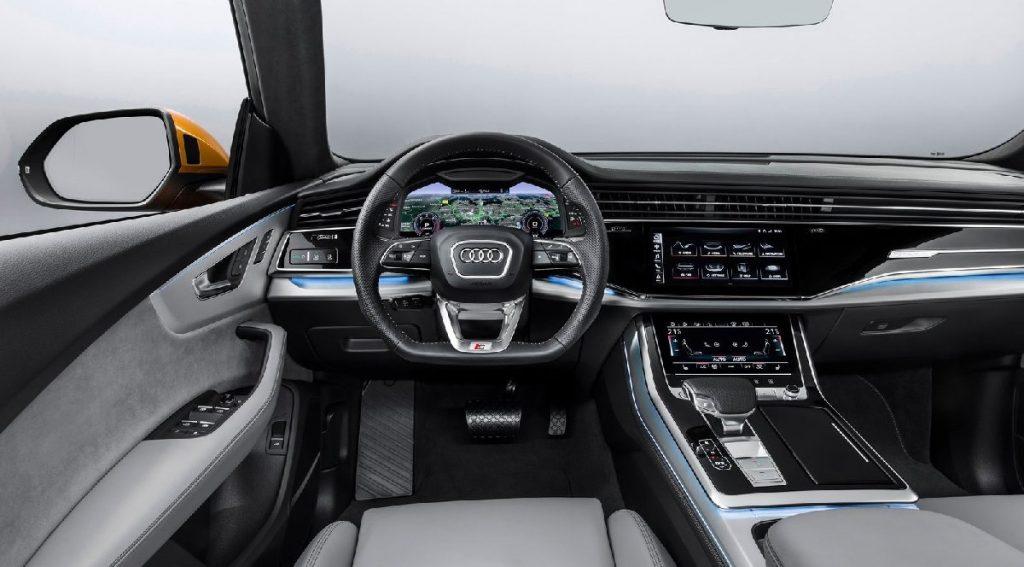 Audi q8 İç Mekan