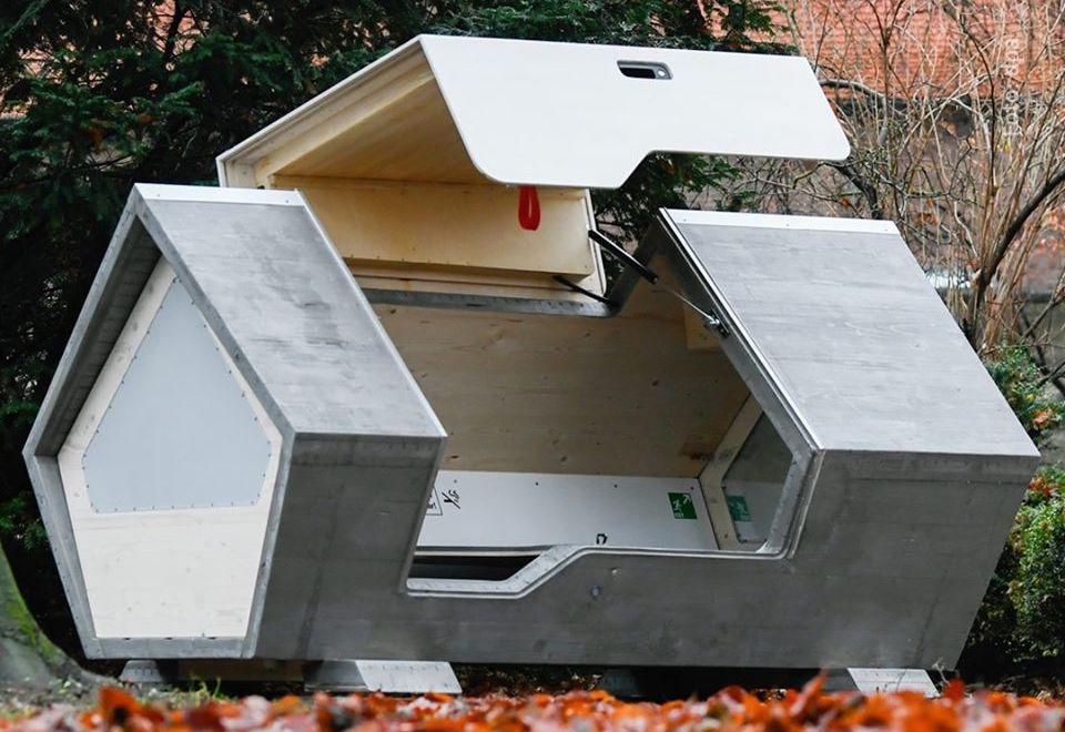 Almanya'da Evi Olmayan Kişilerin Kalabilmesi Amacıyla Yapılan Fütüristik Temalı Dizayn Edilmiş Kulübeler: Kapsüller